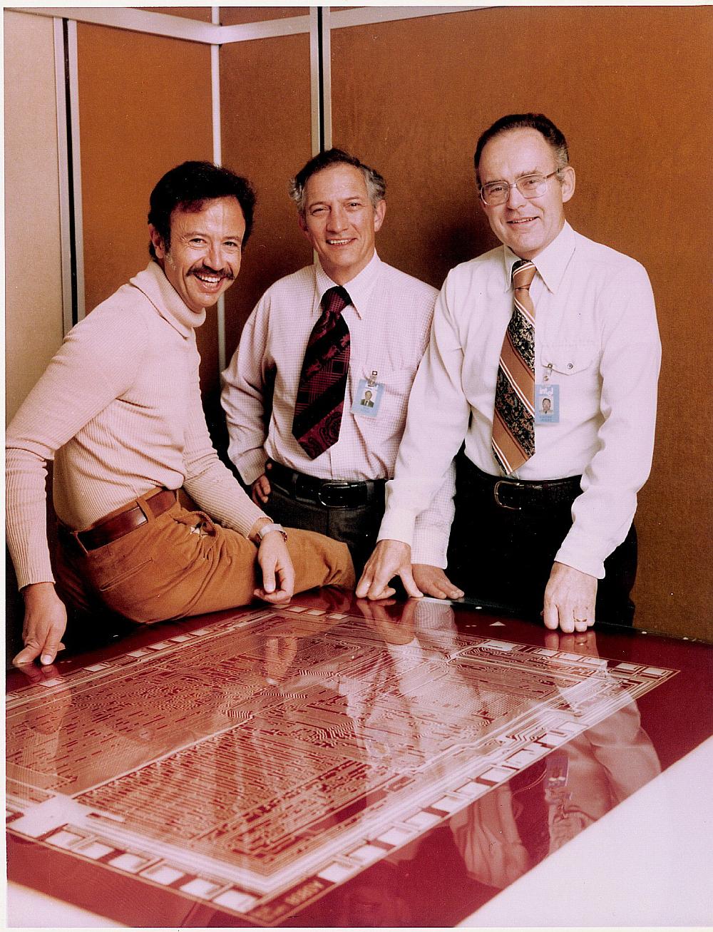 Andy Grove, Robert Noyce y Gordon Moore, fundadores de Intel. Fuente: Wikipedia